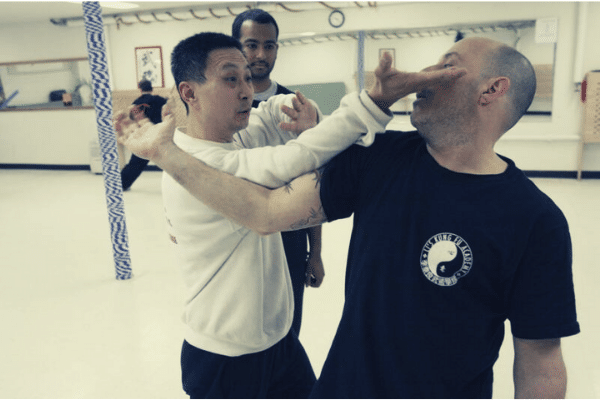 Grandmaster Li Tai Liang Demonstrate Baguazhang Appication
